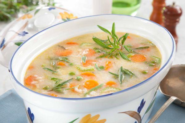 شوربة الأرز بالخضروات