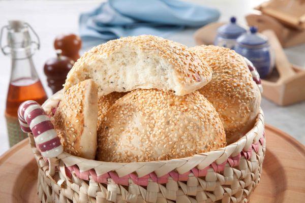 خبز السمسم وحبة البركة