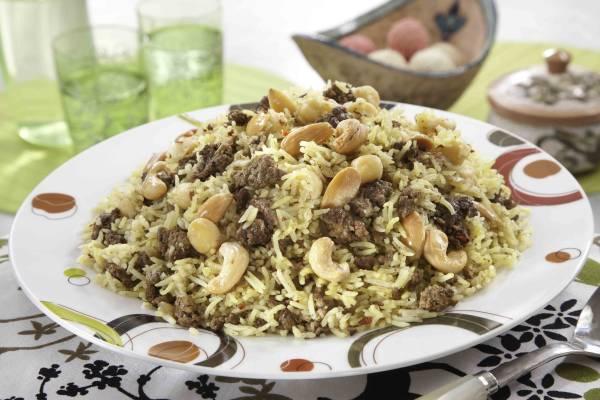 أرز الحشوة بالحمص