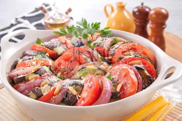 طاجن الطماطم والباذنجان