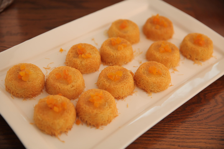 كنافة بالجبن والفواكه المجففة