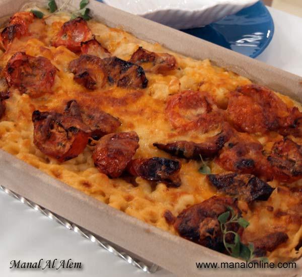 مكرونة بالجبن والطماطم المجفف