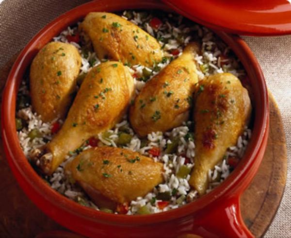افخاذ الدجاج مع ارز مكسيكي
