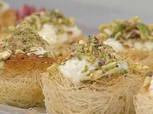 أكواب الكنافة بالقشطة