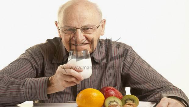 أهم النصائح الصحية الخاصة بصوم كبار السن فى رمضان - المشاهدات : 918