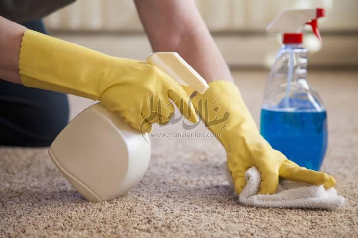 أسهل طريقة لتنظيف السجاد دون غسله