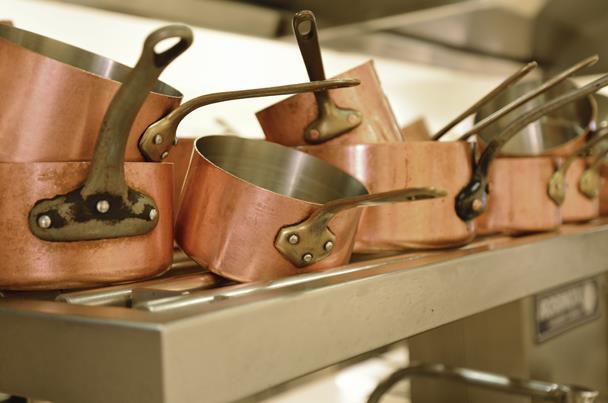 اصنعى بنفسك سائل لإزالة دهون أواني الطهي - المشاهدات : 1.23K