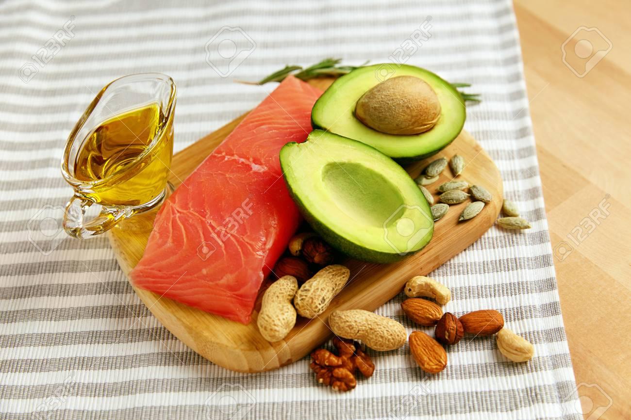 """5 أطعمة """"خارقة"""" لمعالجة الكولسترول والحفاظ على القلب - المشاهدات : 868"""