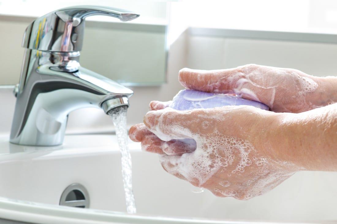 هل تعرف متى يجب أن تغسل يديك ! وما هى الطريقة الصحيحة؟ - المشاهدات : 1.15K