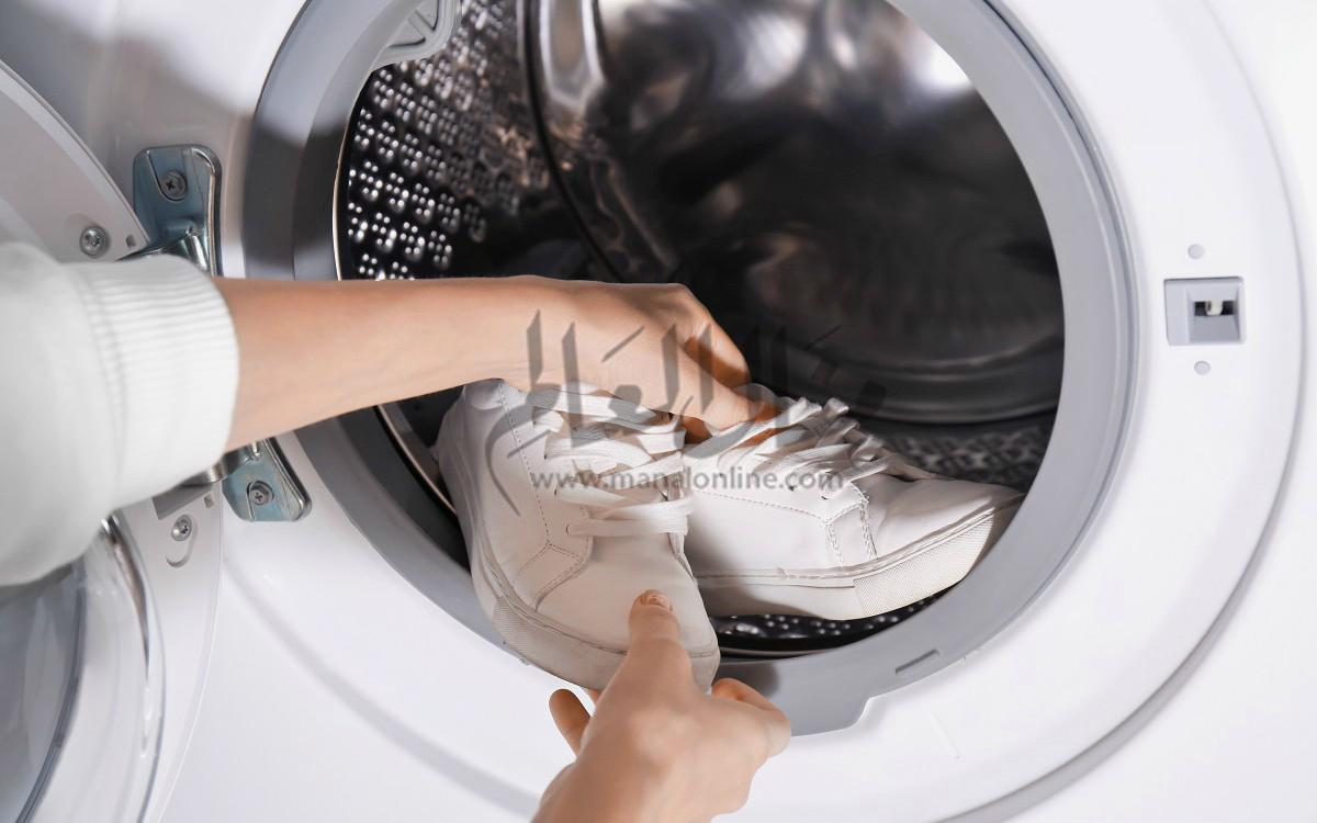 أكتشفى.. حيل سهلة لتجفيف الحذاء بسرعة بعد غسله