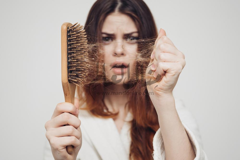 تساقط الشعر بكثرة.. علامة تحذيرية لإصابتك ببعض الأمراض - المشاهدات : 4.54K