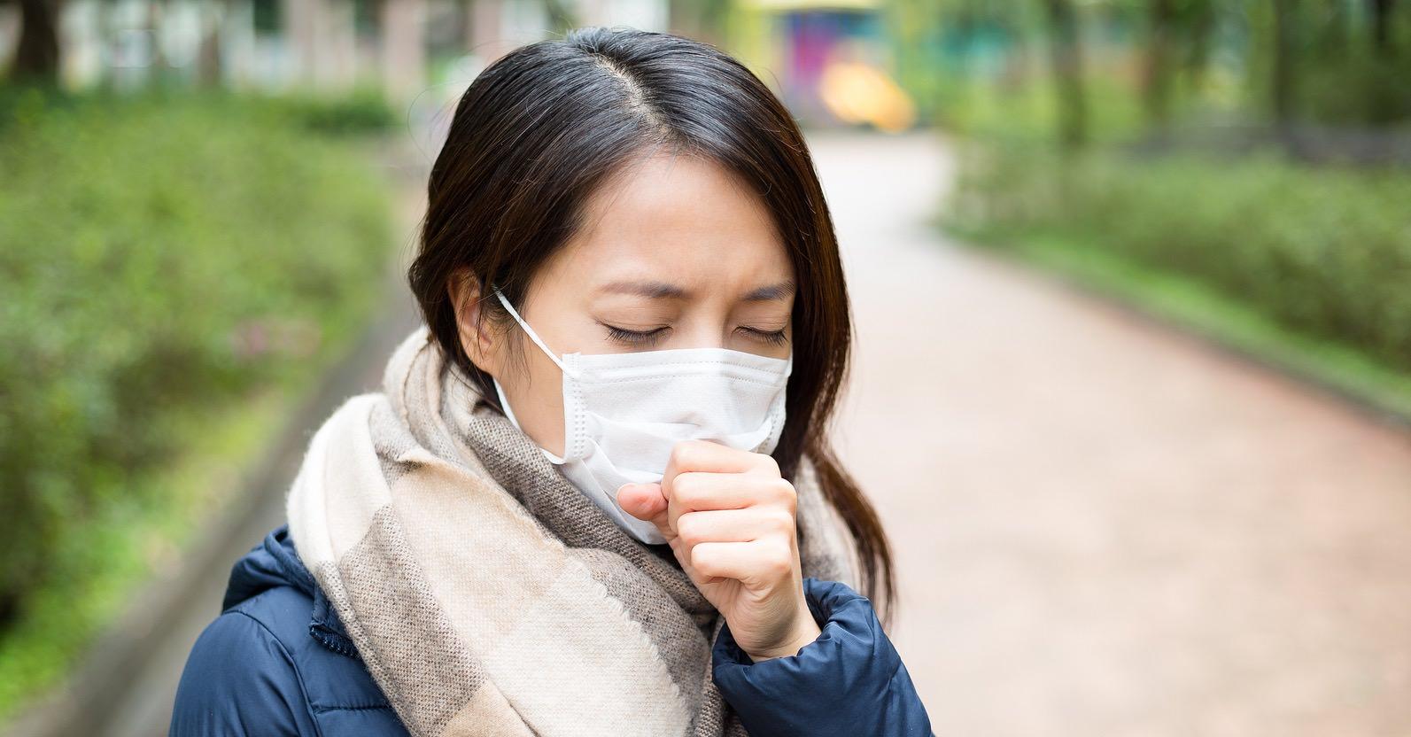 ما الفرق بين أعراض الإنفلونزا وفيروس كورونا ؟