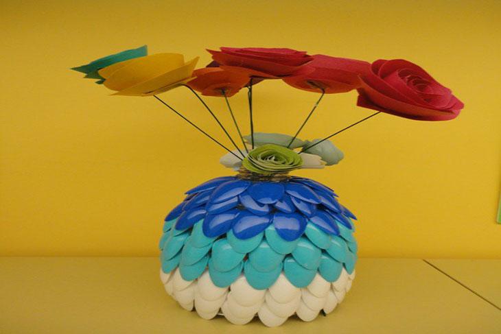 خمس أستخدامات للملاعق البلاستيك لتزيين المنزل
