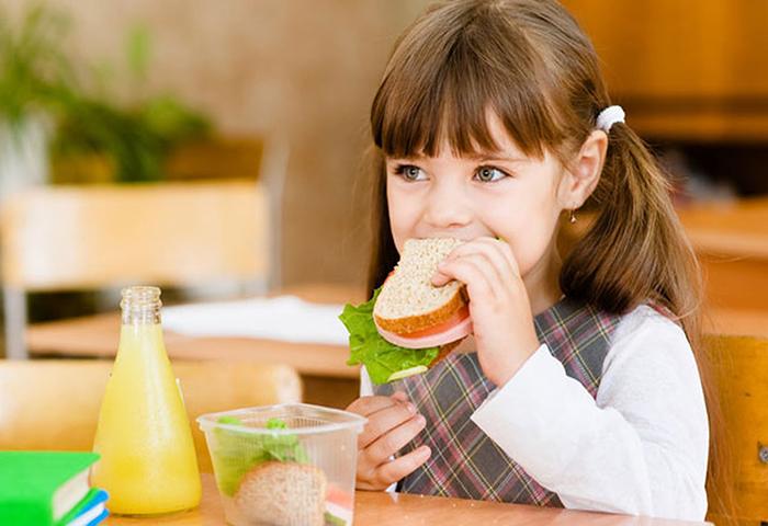5 أطعمة مفيدة للطلاب وتدعم الطاقة