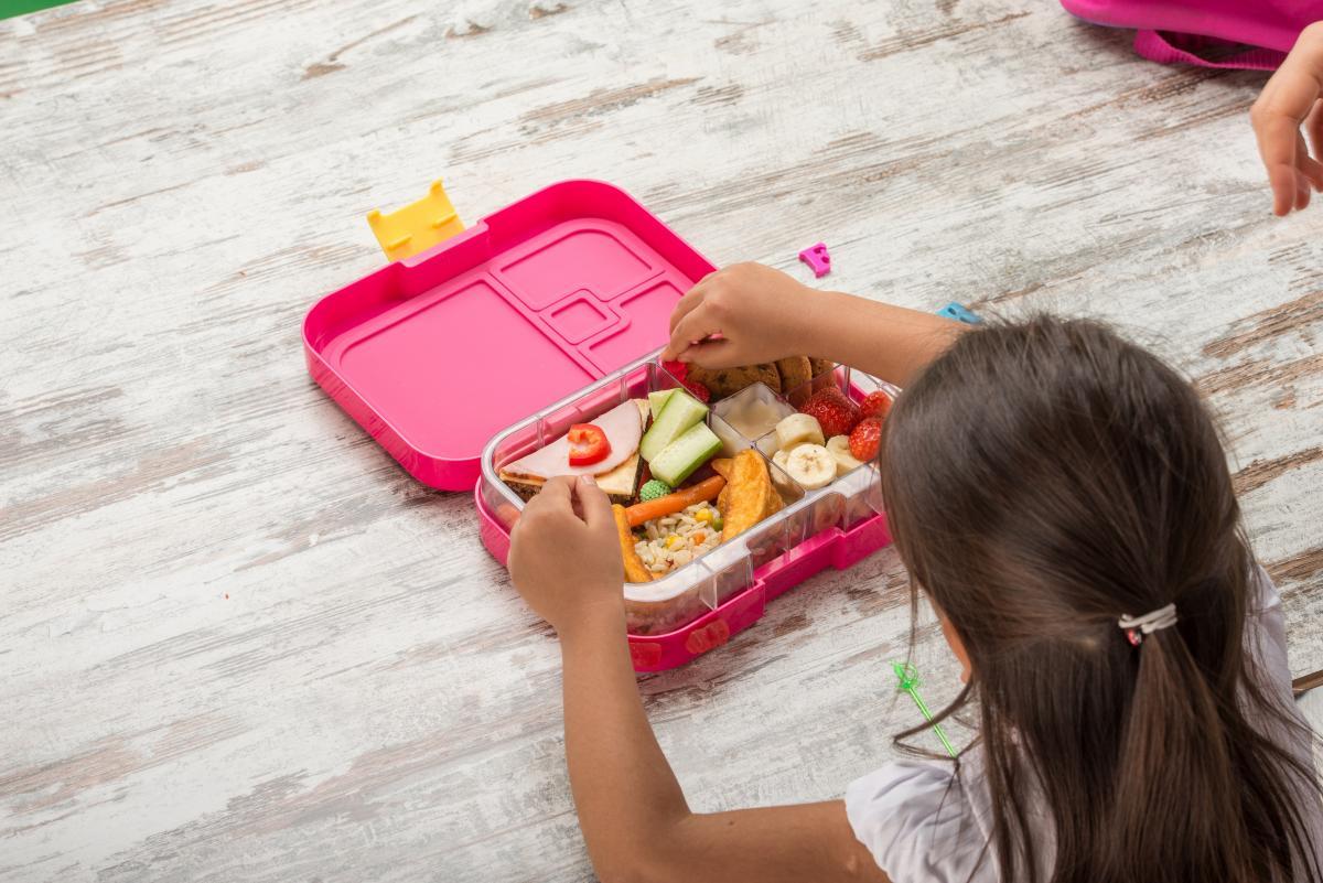 """أفكار مثالية لحقيبة طعام الطفل """"لانش بوکس"""" فى المدرسة - المشاهدات : 1.98K"""