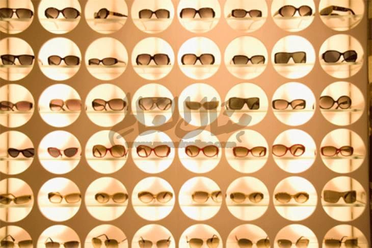 السر وراء لون نظارة الشمس