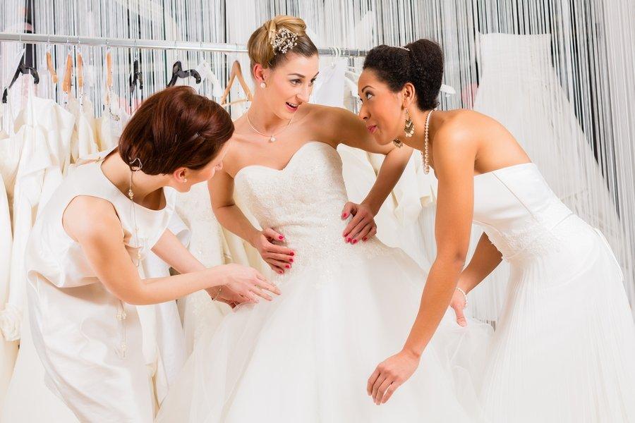كيف تختارين فستان الزفاف المناسب لشكل جسمك؟ - المشاهدات : 182