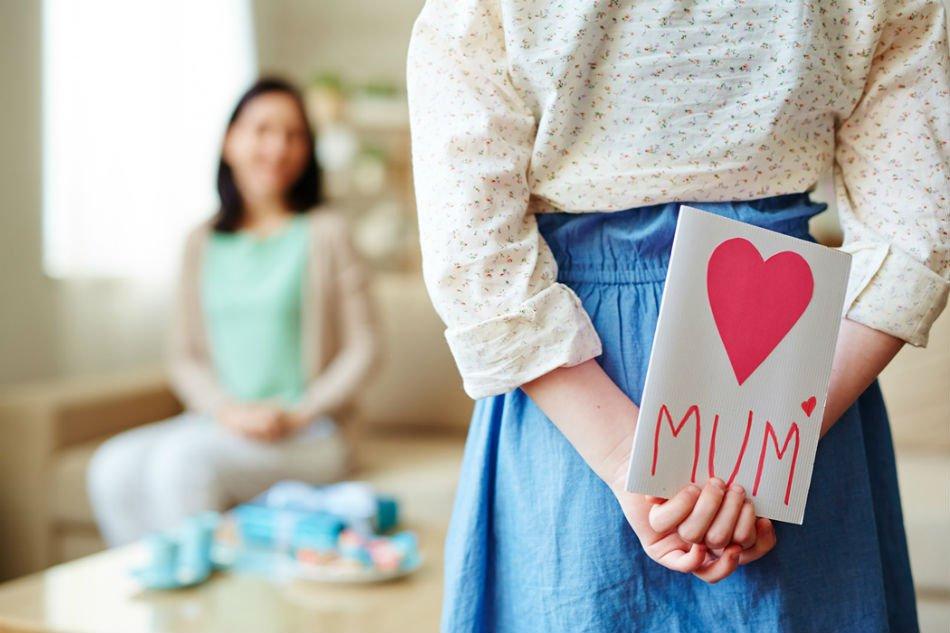 أفكار مختلفة لهدايا عيد الأم حسب شخصية الأم  - المشاهدات : 436