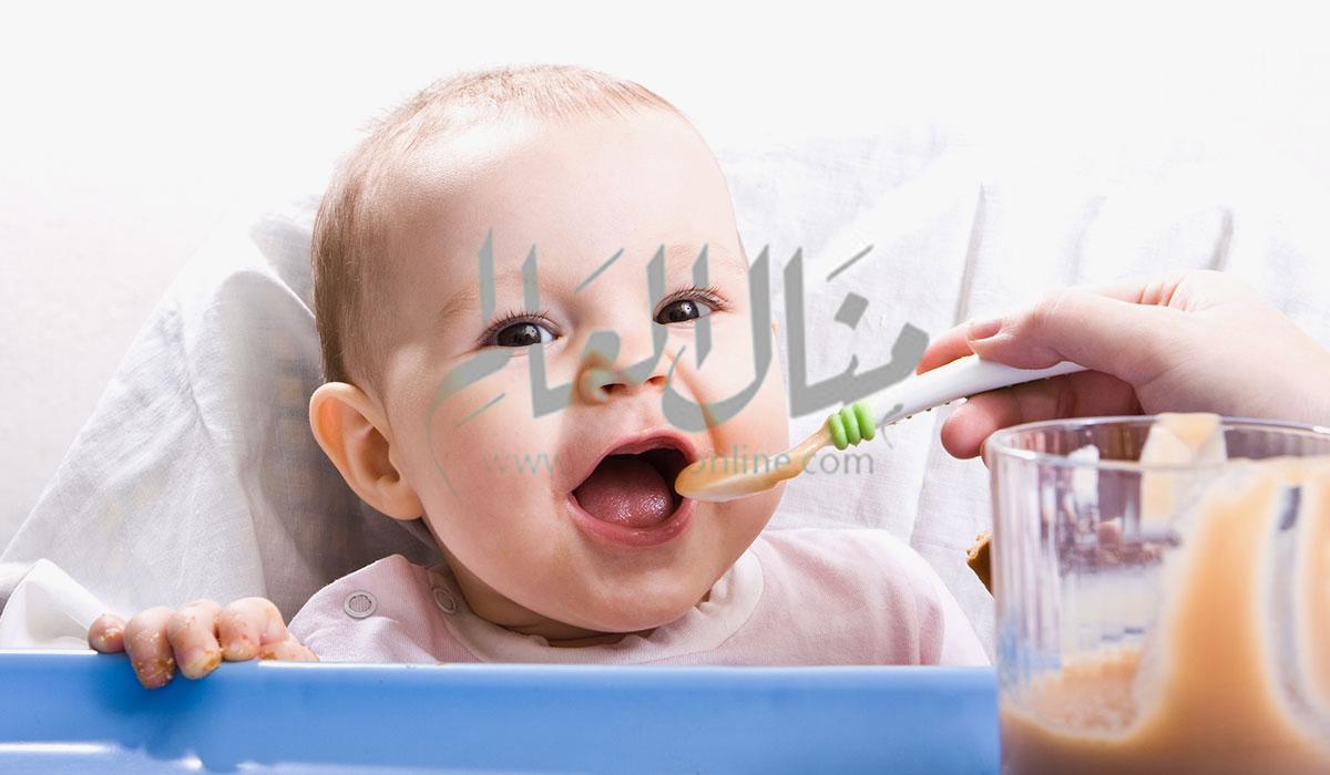 جدول إطعام الأطفال من سن 5 شهور حتى عام - المشاهدات : 1.95K
