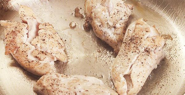 طهى فيليه الدجاج .. وصفات سريعة للسيدات العاملات  - المشاهدات : 14.2K