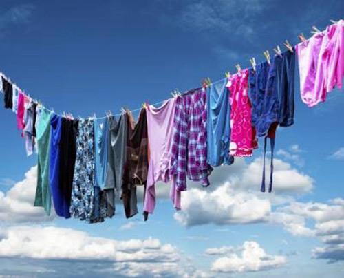كيف تحمين ملابسك من تغير لونها مع مرور الوقت - المشاهدات : 28.2K