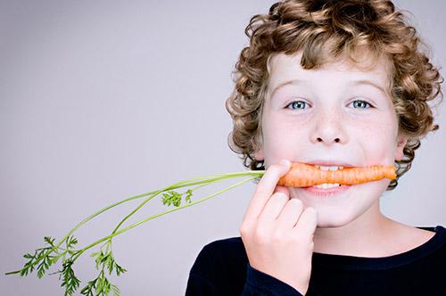 كيفية جذب طفلك للطعام