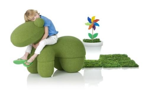 تصميمات جذابة لمقاعد الأطفال
