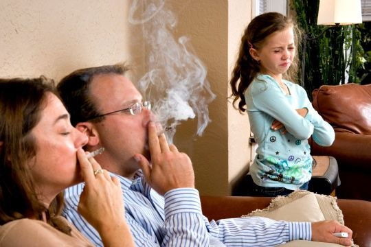 التدخين السلبى وتأثيره علي الطفل (حملة بيت بدون سرطان ) - المشاهدات : 2.98K