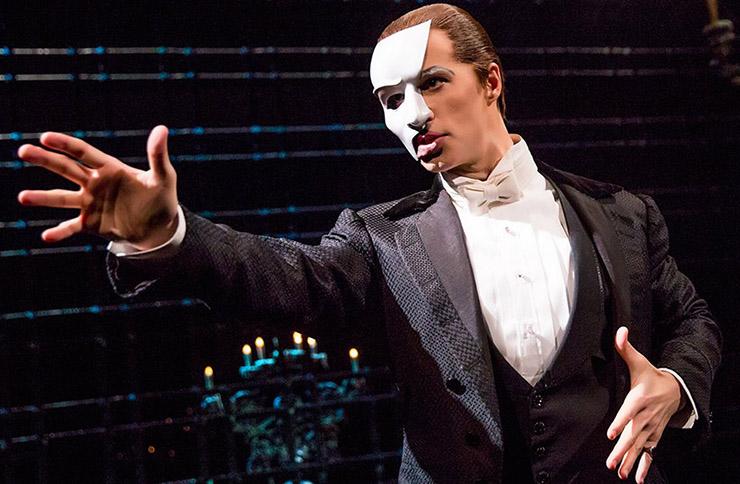Andrew Lloyd Webber's Phantom of The Opera becomes longest running show in Broadway history