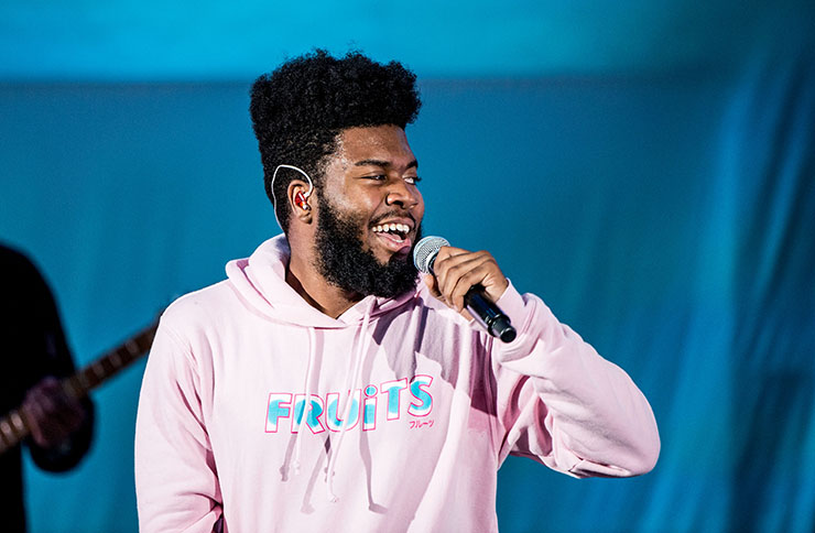 Khalid singing music news