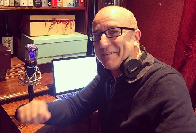 Hypnotist Urges You To Find Creative Good Place Manx Radio