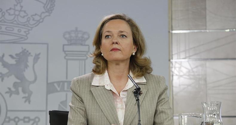 """Calviño asegura que la subida del SMI tendrá un impacto """"neutro"""" sobre el empleo"""