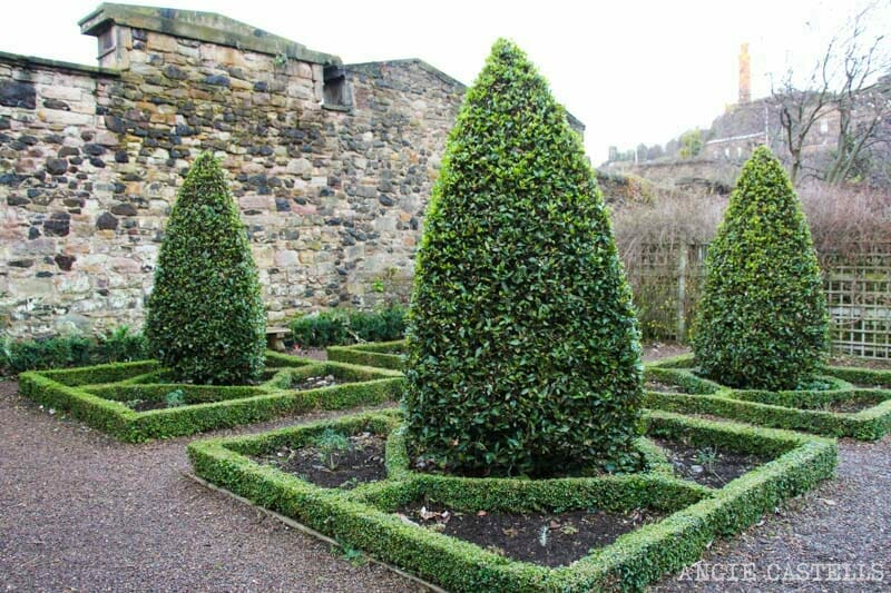 Los jardines de Dunbar's Close, en la Royal Mile de Edimburgo