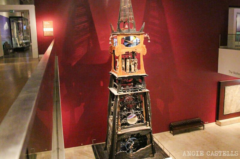 Visitar el Museo Nacional de Escocia, en Edimburgo - El Millenium Clock