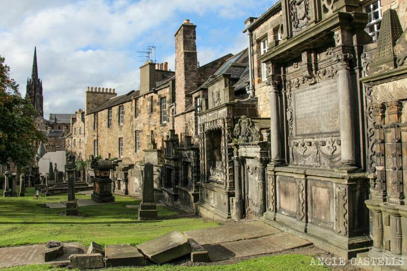Ruta por la Old Town de Edimburgo - Cementerio de Greyfriars