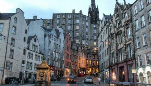 Victoria Street, una calle mágica en la Old Town de Edimburgo