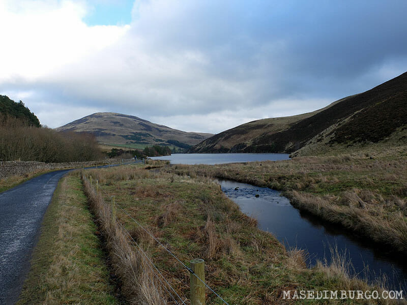 Ruta por las Pentlands, en Edimburgo - Glencorse Reservoir