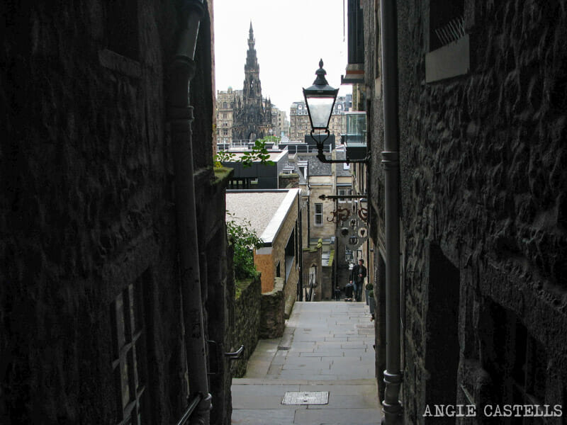 Mejores callejones Royal Mile Edimburgo Advocates Close
