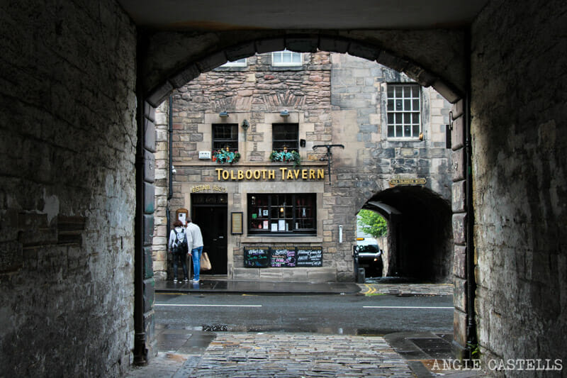 Mejores callejones Royal Mile Edimburgo Bakehouse Close