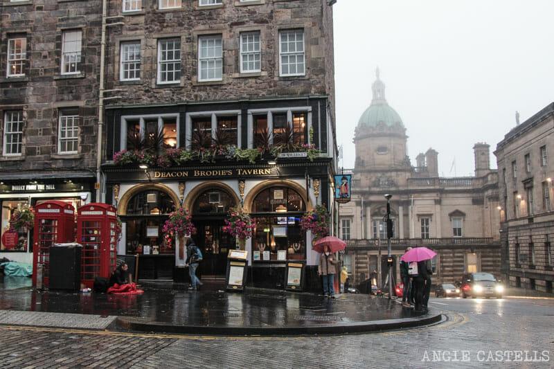 Cosas-que-pasan-viajar-por-Escocia-800-Royal-Mile-Edimburgo