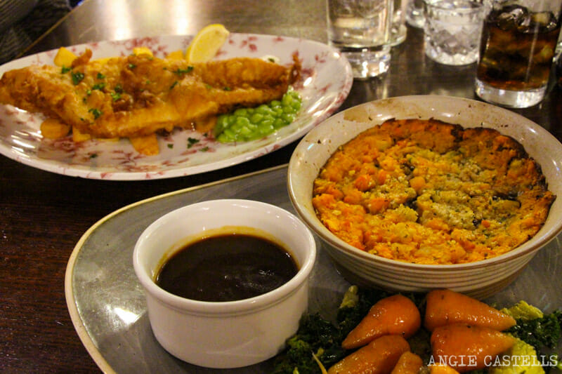 Donde-comer-Edimburgo-vegetariano-vegano-Deacon-Brodie