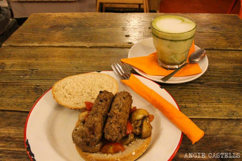 Donde-comer-Edimburgo-vegetariano-vegano-The-Caffeine-Drip