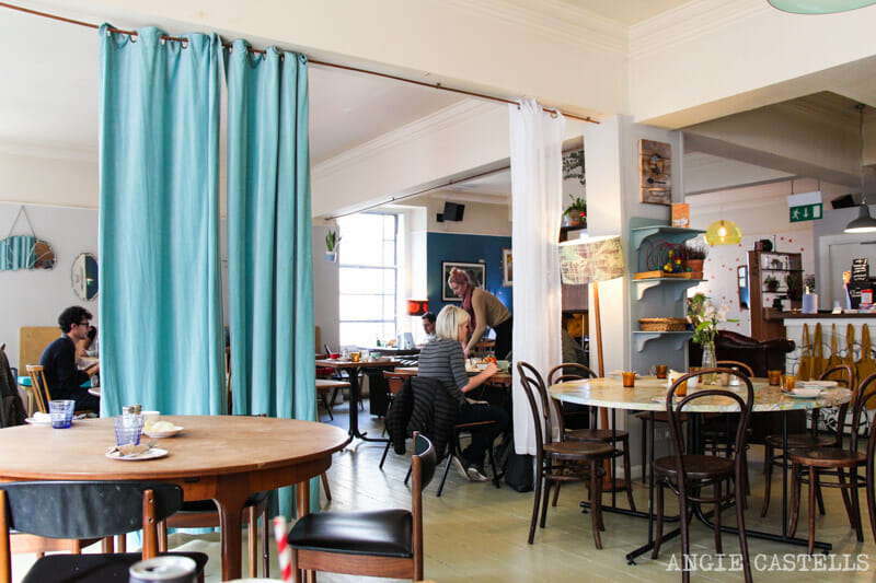 Dónde comer vegetariano en Edimburgo - Spoon Cafe