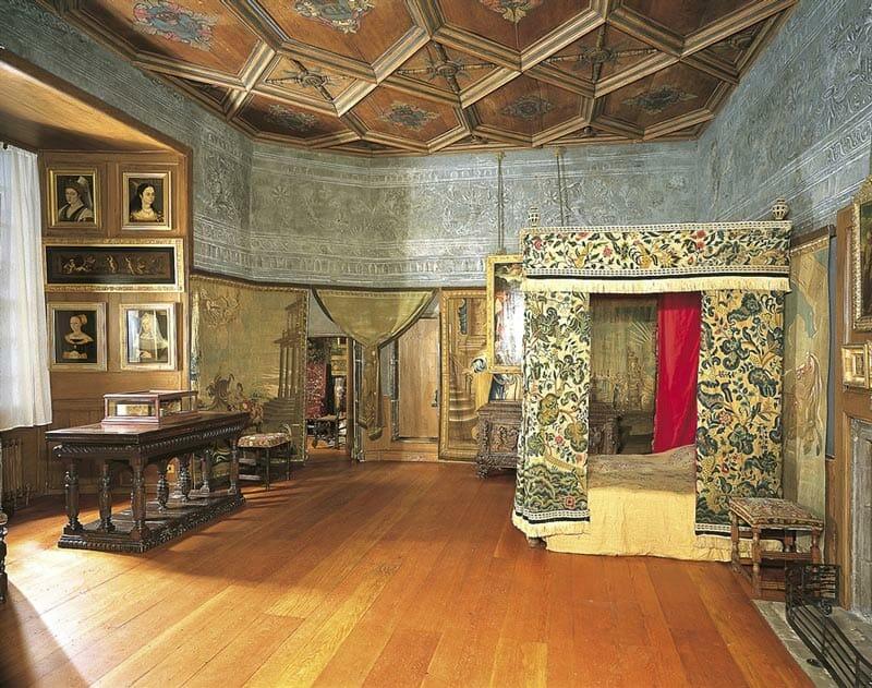 La habitación de Mary Queen of Scots en el palacio de Holyrood