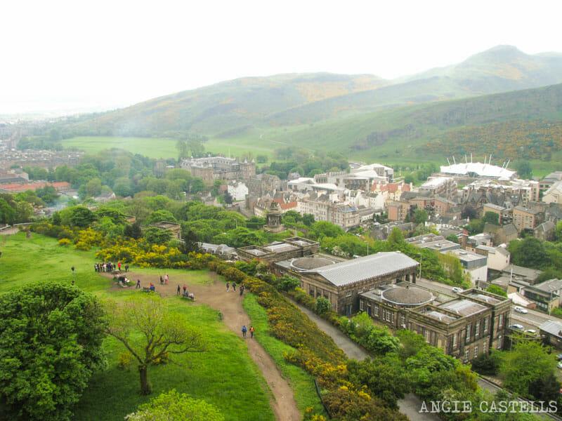 Dónde sacar las mejores fotos de Edimburgo: Calton Hill y el monumento a Nelson