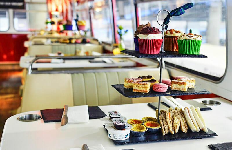 Dónde tomar el afternoon tea en Edimburgo - Red Bus Bistro