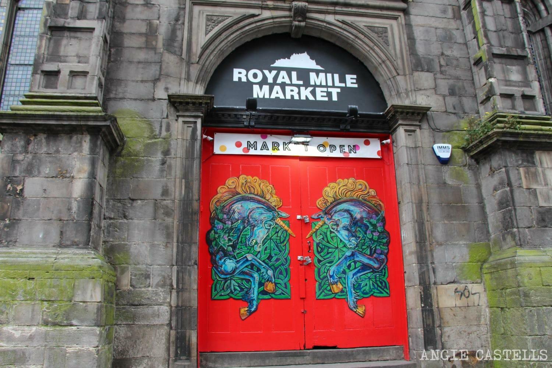 El unicornio, el animal nacional de Escocia - Royal Mile Market