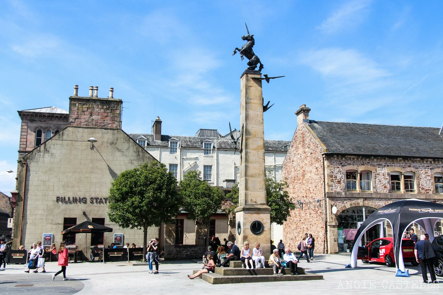 El unicornio, el animal nacional de Escocia - Mercat Cross Inverness