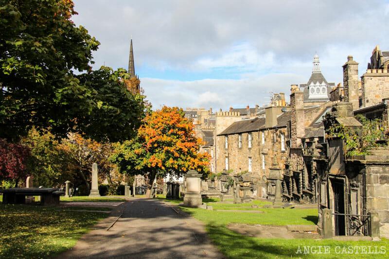 Las mejores excursiones para el otoño en Escocia - Cementerio de Greyfriars