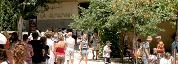 When to visit alhambra tips to avoid queues - Alhambra ticket office opening hours ...